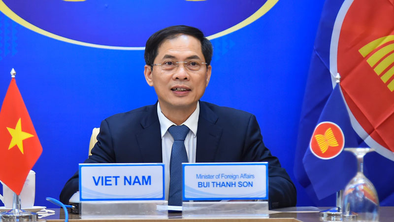 Foreign Minister Bui Thanh Son attended the ASEAN-Russia Foreign Ministers' Special Meeting